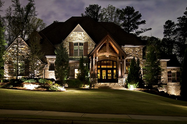 Landscape Lighting Southern Lawn